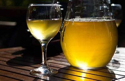 Светлый напиток