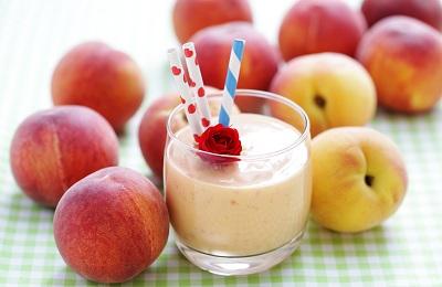 Персики с иогуртом