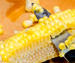 Очистка кукурузы